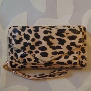 NEW w/ Tags! Leopard Print Clutch Wallet Wristlet